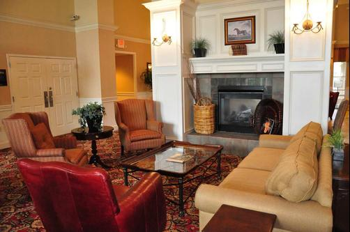 Homewood Suites by Hilton Charlotte Airport - Charlotte - Olohuone
